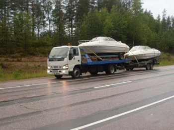 Как перевозить катер или яхту