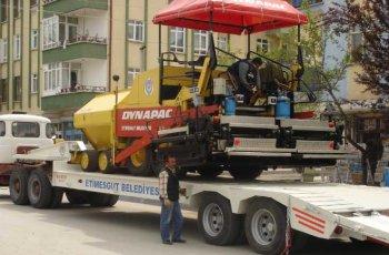 Тралы-полуприцепы – оптимальное решение для тяжелых перевозок